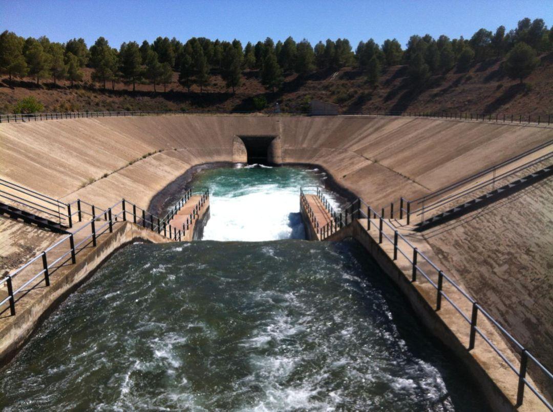El trasvase Tajo-Segura parará por obras en septiembre