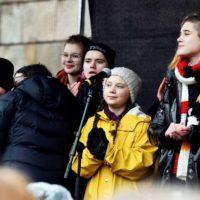 Por tierra, mar y aire: alternativas sostenibles para que Greta Thunberg llegue a tiempo de la COP25 a Madrid