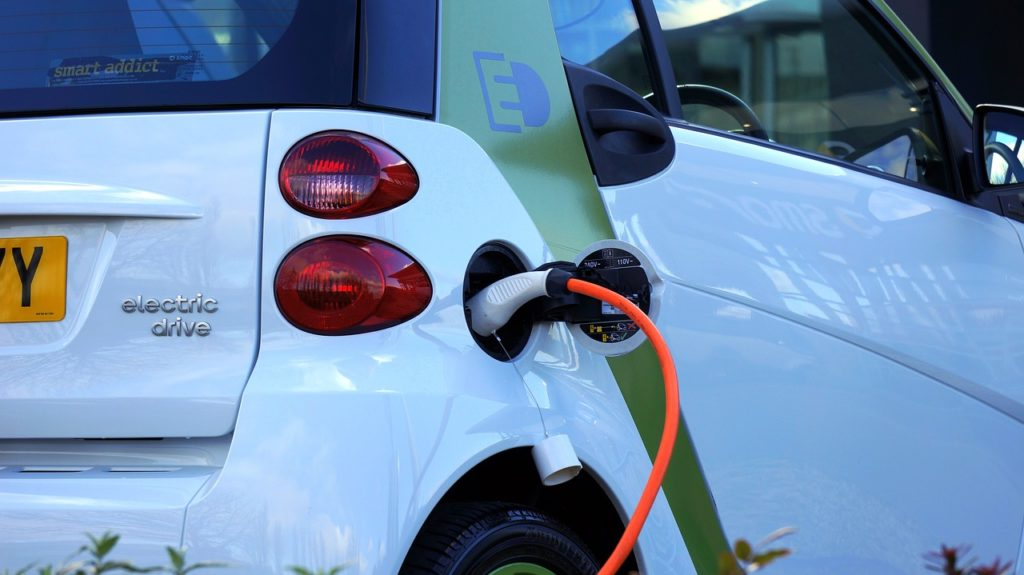 coche, eléctrico, carga, batería, enchufe