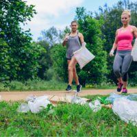 El deporte que vela por el medio ambiente se llama 'plogging'