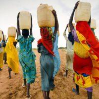 Los proyectos de agua ganan en efectividad gracias a las mujeres