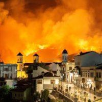 El fuego se propaga con rapidez en Gran Canaria