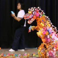 Más de 30.000 juguetes para concienciar contra el plástico