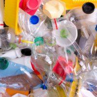Alcorcón convertirá el plástico recogido durante las fiestas en mobiliario urbano