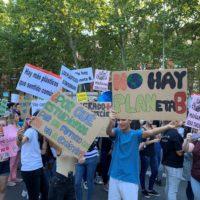 Miles de personas salen a la calle para luchar por el clima