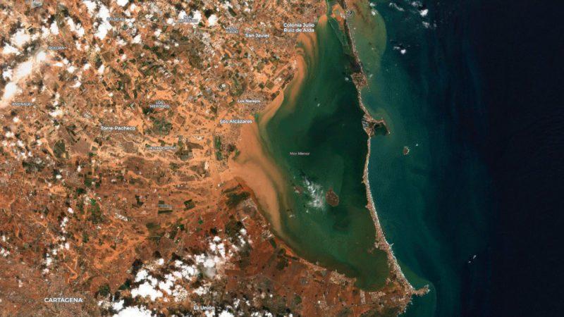 El CSIC monitorizará algas nocivas en los cauces desde el espacio