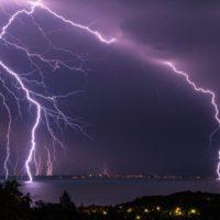 El Mediterráneo atrae rayos mil veces más potentes de lo normal