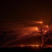 El viento complica la extinción de los incendios en California