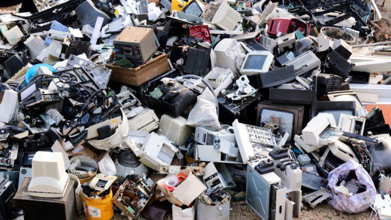 La UE dicta normas contra la obsolescencia de electrodomésticos
