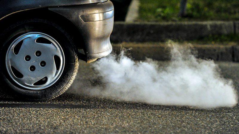 Reino Unido adelanta a 2035 la prohibición de vehículos contaminantes