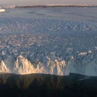 Un iceberg de más de 1.580 kilómetros cuadrados se desprende de la Antártida