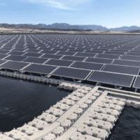 Mazarrón instala paneles solares flotantes sobre los embalses de riego