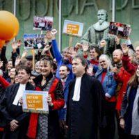 El Supremo holandés falla que el Gobierno tiene el deber de reducir las emisiones