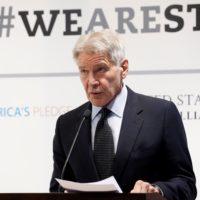 """Harrison Ford critica la """"falta de valentía"""" de Trump con el clima"""