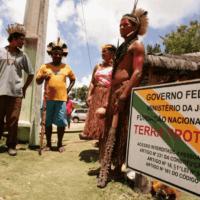 Bolsonaro, en guerra contra las comunidades indígenas de Brasil