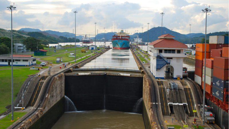 El Canal de Panamá cobrará una tasa por el uso del agua