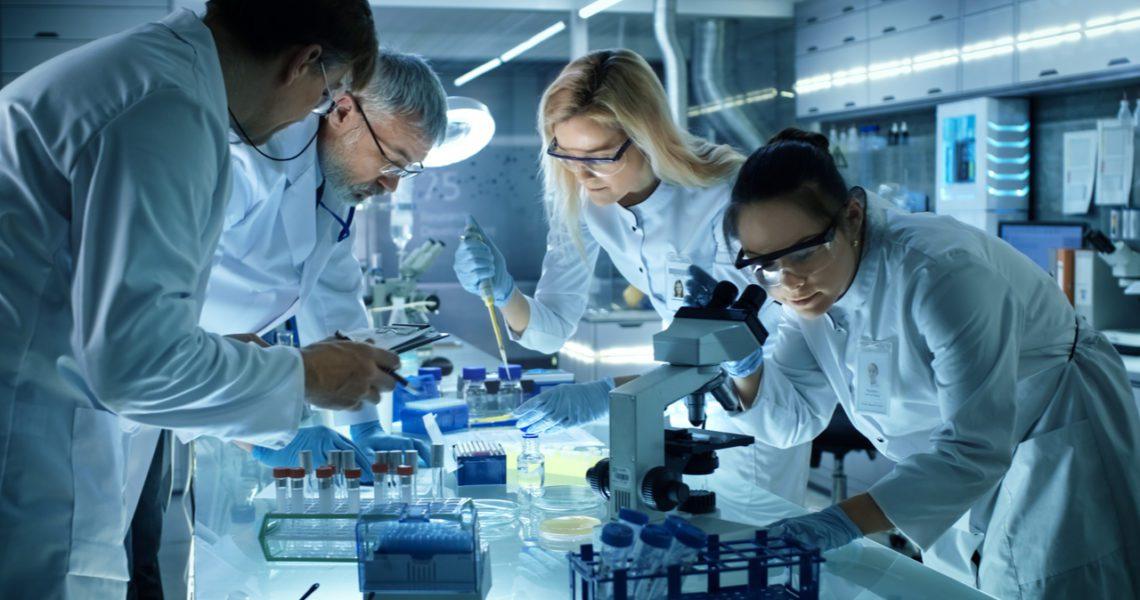 Los españoles confían más en la ciencia que el resto de europeos