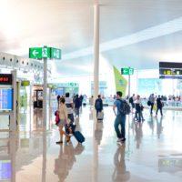 Una mejor higiene de manos en los grandes aeropuertos ayudaría a frenar el coronavirus