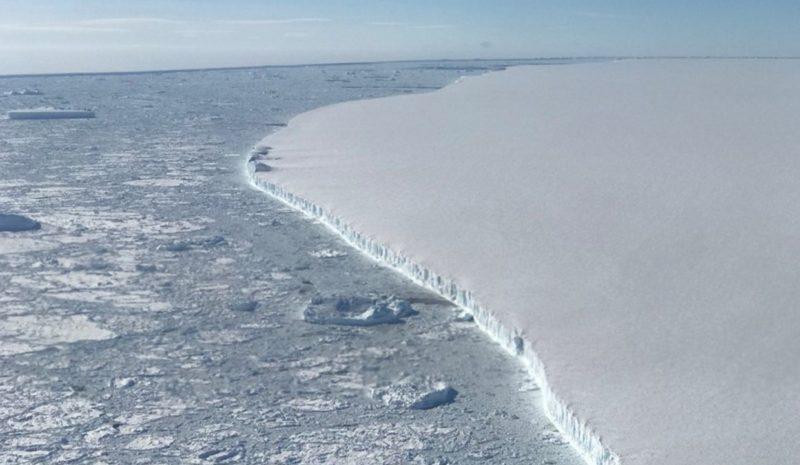 La historia del iceberg más grande del mundo, el A-68, llega a su fin