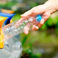 ¿Sabes cómo reciclar correctamente el plástico?