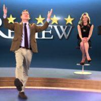 'Review': una comedia negrísima sobre los extremos de la vida