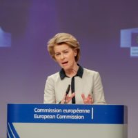 Bruselas reacciona contra un coronavirus que podría traer crecimiento 0 o recesión