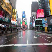 Un mundo de calles vacías por el COVID-19