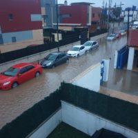 El agua anega Peñíscola en medio de la pandemia