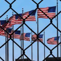 Donald Trump completa su agenda: suspende la inmigración a EEUU