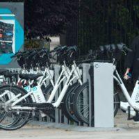Ribera presenta un plan para impulsar las bicicletas en la desescalada