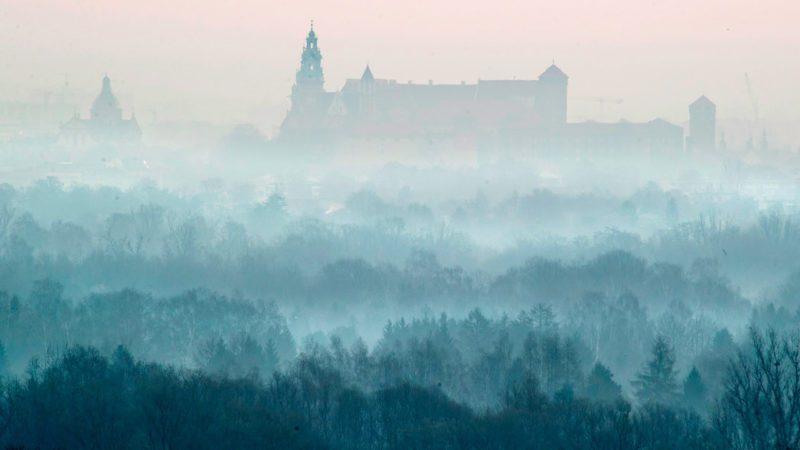 La contaminación del aire por NO2 y partículas en suspensión agrava el efecto del COVID-19