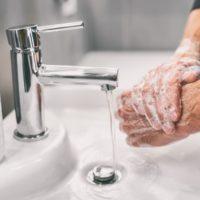¡A lavarse las manos! ¿Y el agua?