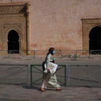 En el Magreb, el temor a una crisis económica preocupa tanto como el COVID-19