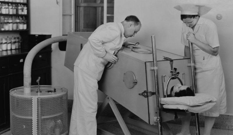 La polio, una epidemia que ayudó a inventar los cuidados intensivos