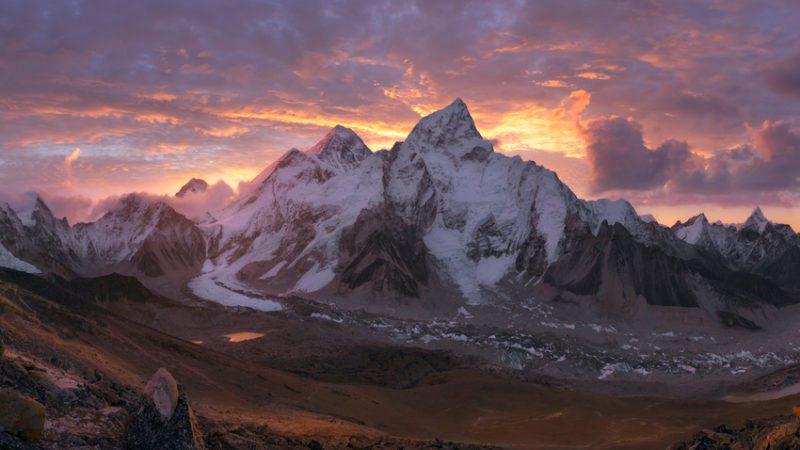 ¿Cuánto mide el Everest?