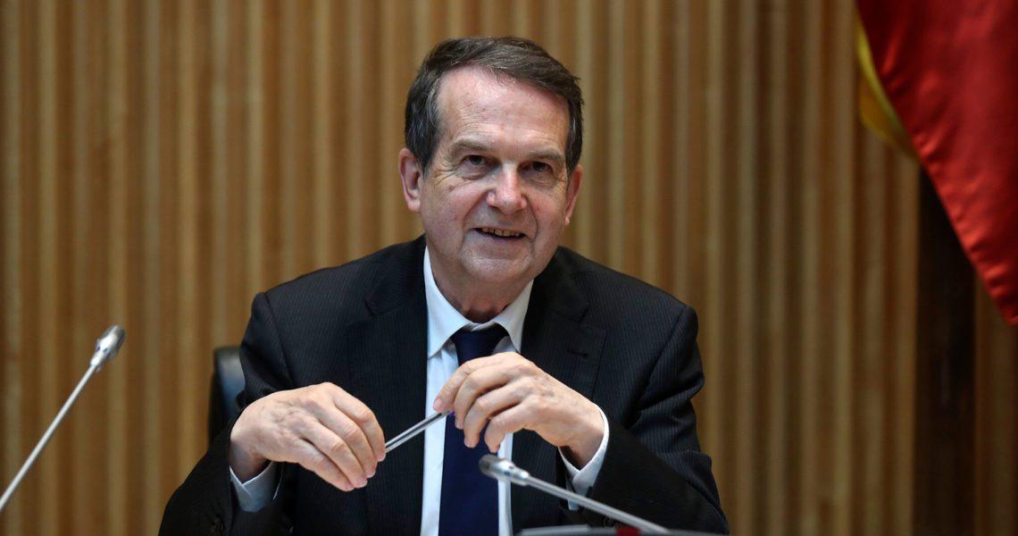 La FEMP aplaza su Junta tras ofrecer Hacienda 5.000 millones adicionales