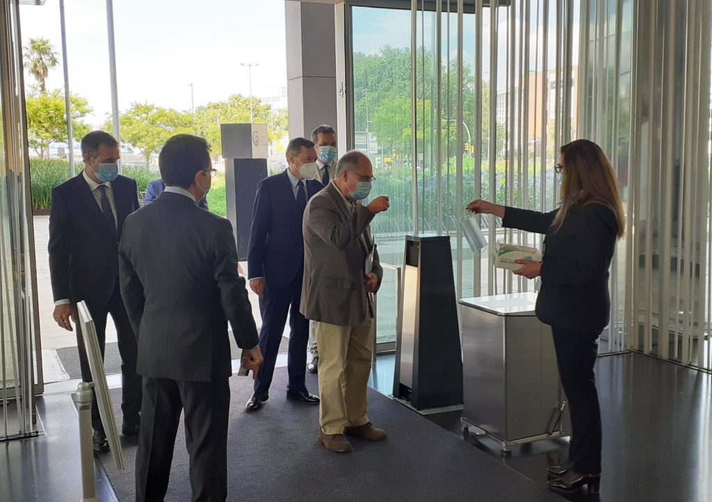 Miembros del Comité de Dirección de SUEZ durante la visita a Ciutat de l´Aigua. | Imagen: SUEZ