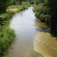 Identifican 32 puntos de residuos en el cauce del río Guadarrama