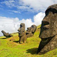 Las catástrofes climáticas, tras el declive de la isla de Pascua