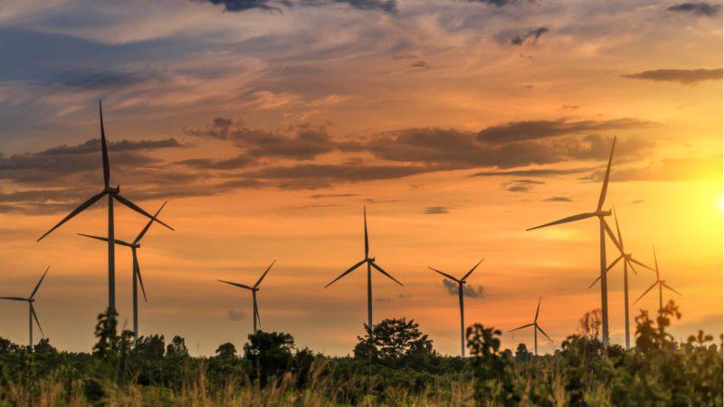 'Sorpasso' histórico de las renovables a los combustibles fósiles en la energía europea
