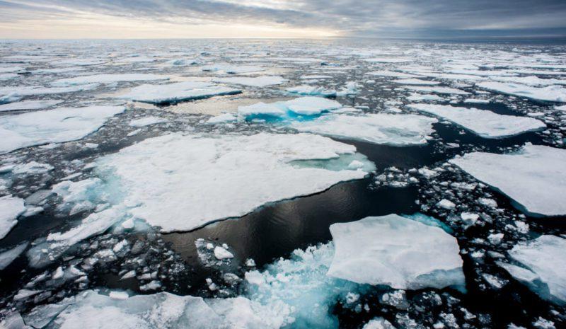 El hielo del Ártico llega a un mínimo histórico para un mes de julio