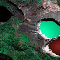 El extraño fenómeno del monte Kelimutu