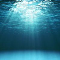 Una nueva técnica con luz solar permite la desalinización del agua en menos de 30 minutos