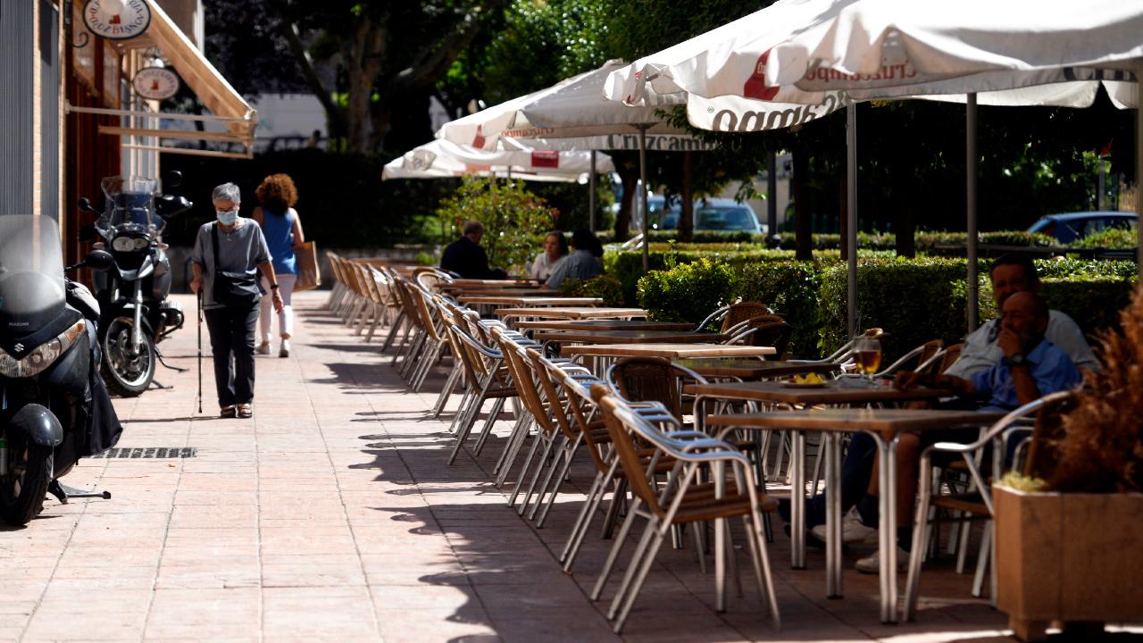 Una terraza en Madrid casi vacía | Foto: EP / Óscar Cañas