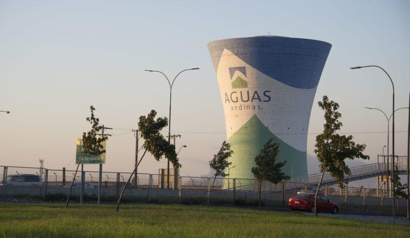 Aguas Andinas reducirá sus emisiones de CO2 en 2030 para cumplir el Acuerdo de París