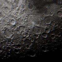 Los científicos desvelan el proceso que está oxidando a la Luna