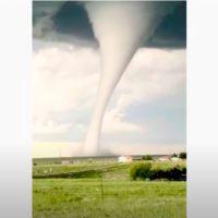 Increíble tornado en Laramie