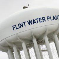 Tras años de mala gestión, Michigan decide modernizar su infraestructura de agua