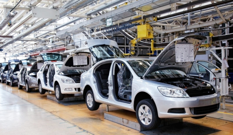 La producción de materiales, el gran reto de los coches del futuro