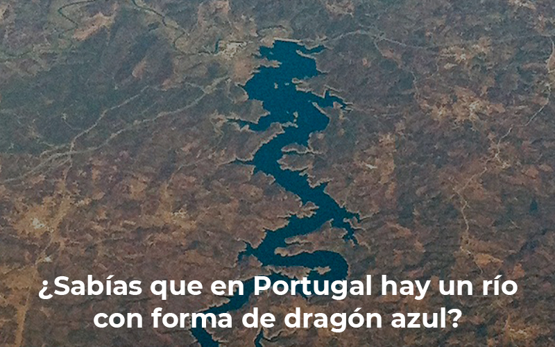 Sabías que… en Portugal hay un río con forma de dragón azul?